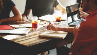 Pored prakse, NSZ uvodi i pripravnički staž: Ne samo što će plata biti veća, nego će poslodavac imati jednu važnu obavezu