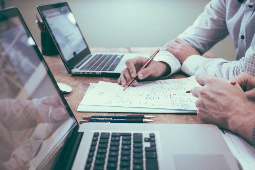 Posao, računar, pisanje, papiri, biznis