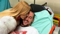 Snežana Borjan objavila fotku iz subotičke bolnice: Jedan poljubac bio je dovoljan da izleči Borjana i oduševi Delije (IDEO)