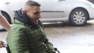 Darko nasmejan stigao na Banjicu, poslao poljubac pa poručio: Ljudi, mnogo je hladno! (VIDEO)