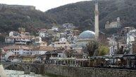 """U Prizrenu je 1991. živelo 10.000 Srba, a danas dvadesetak, u Prištini je živelo 40.000, a danas stotinak. To je legalizacija etničkog čišćenja Srba"""