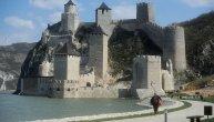 Građani iznenađeni cenama karata za Golubačku tvrđavu: Preskupo nam je, za porodicu to ispadne 100 evra