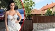 Ovo je kuća u kojoj je odrasla Mia Borisavljević: Pevačica mesecima izbegava da dolazi u porodični dom, a razlog se vidi čim se priđe kapiji (FOTO) (VIDEO)