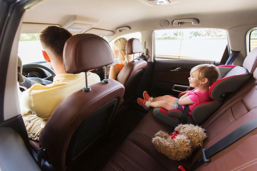 otac, deca, dete, porodica, automobil, putovanje porodicno, decja sedista decje sediste