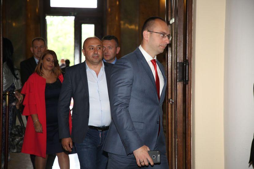 Zasedanje skupštine o Kosovu, skupština Srbije, Kosovo