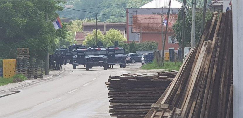 KFOR, džipovi, Kosovo
