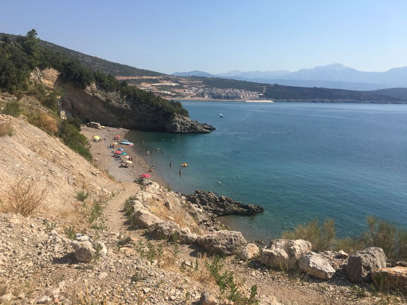 plaža pecka luštica crna gora
