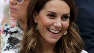 """Providna haljina u kojoj je Kejt Midlton smuvala princa Vilijama: """"Vau, ova Kejt je baš seksi!"""""""
