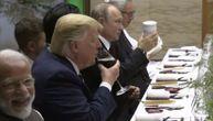 """Putin svuda sa sobom nosi belu šolju, sa njom se kucnuo i sa Trampom: Šta se krije iza ove """"tajne""""?"""
