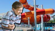 Deca povraćala i gušila se na bazenu u Jagodini, nadležni kažu: Jedno je povraćalo, ostali imitirali