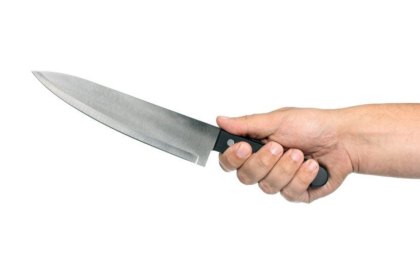 Noz u ruci