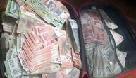 Lopovi u Beogradu ukrali 18 miliona dinara i pobegli u stan. Onda su im pokucali policajci