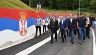 Stefanović i Lončar obišli novoizgrađenu saobraćajnicu kod Kliničkog centra (FOTO)