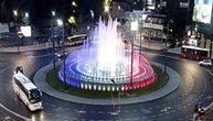 U čast Makronovog dolaska i fontana na Slaviji u bojama francuske zastave