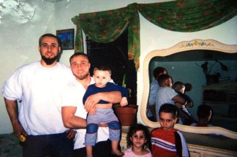 Braca iz Makedonije, Eljvir, Shain, Tony Duka