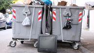 Nekoga je služio decenijama, a sad je došlo vreme da ide na otpad (FOTO)