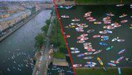 Nesvakidašnji karavan obojio reku i oduševio Ruse (VIDEO)