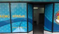 Napadnute stranačke prostorije POKS u Beogradu (FOTO)