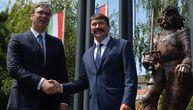 Vučić i mađarski predsednik otkrili spomenik Sibinjanin Janku (FOTO)