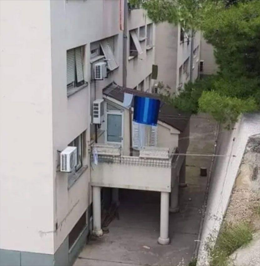 Fotografje odvratnih građevina na Jadranu