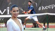 Kakva poseta za Noleta: Adrijana Lima došla u Marbelju da gleda najboljeg tenisera sveta! (VIDEO)