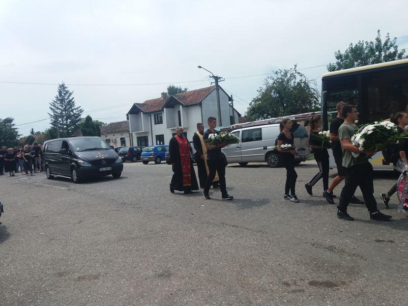 sahrana u Mačvanskom Pričinoviću