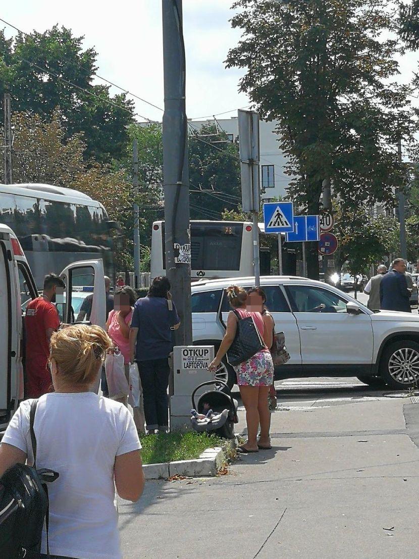Eksplozija autobusa na Dedinju, Dedinje