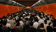 Hongkong ne odustaje: Demonstranti blokirali metro, reagovala i policija (FOTO)