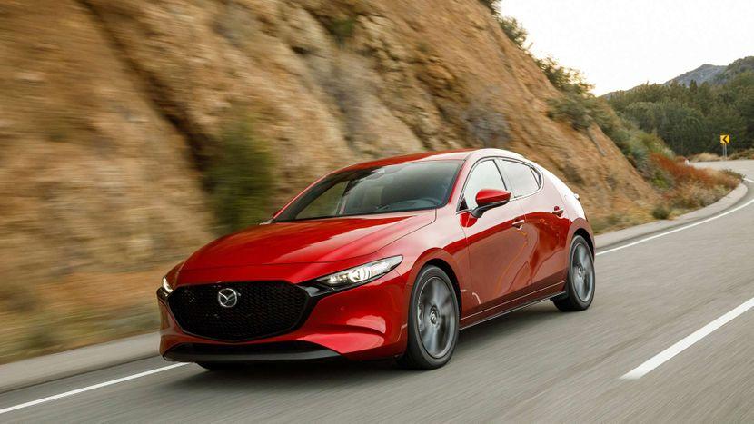 Automobil Mazda 3