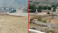 Reka od blata posle poplave rušila sve pred sobom, stradao i stari most (VIDEO)