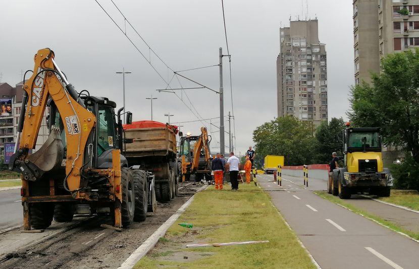 Radovi na putu, šinama, šine rekonstrukcija Novi Beograd, Sava Centar Milentija Popovića