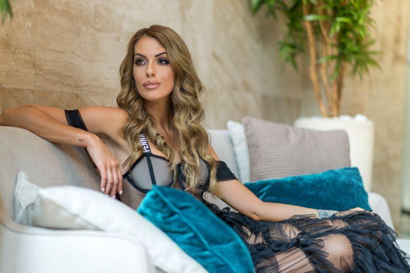 Aleksandra Mastelica, modni editorijal