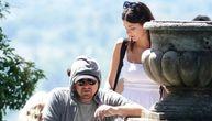 Leo Dikaprio i njegova devojka uhvaćeni u Italiji, a onda ga je manekenka uhvatila za guzu (FOTO)