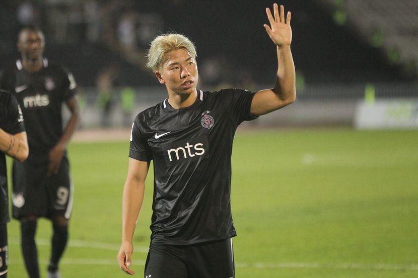 Takuma Asano, FK Partizan