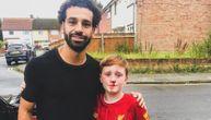 Klinac skupo platio jurnjavu za Salahom: Pao, razbio nos, ali je dobio ono o čemu je sanjao (FOTO)