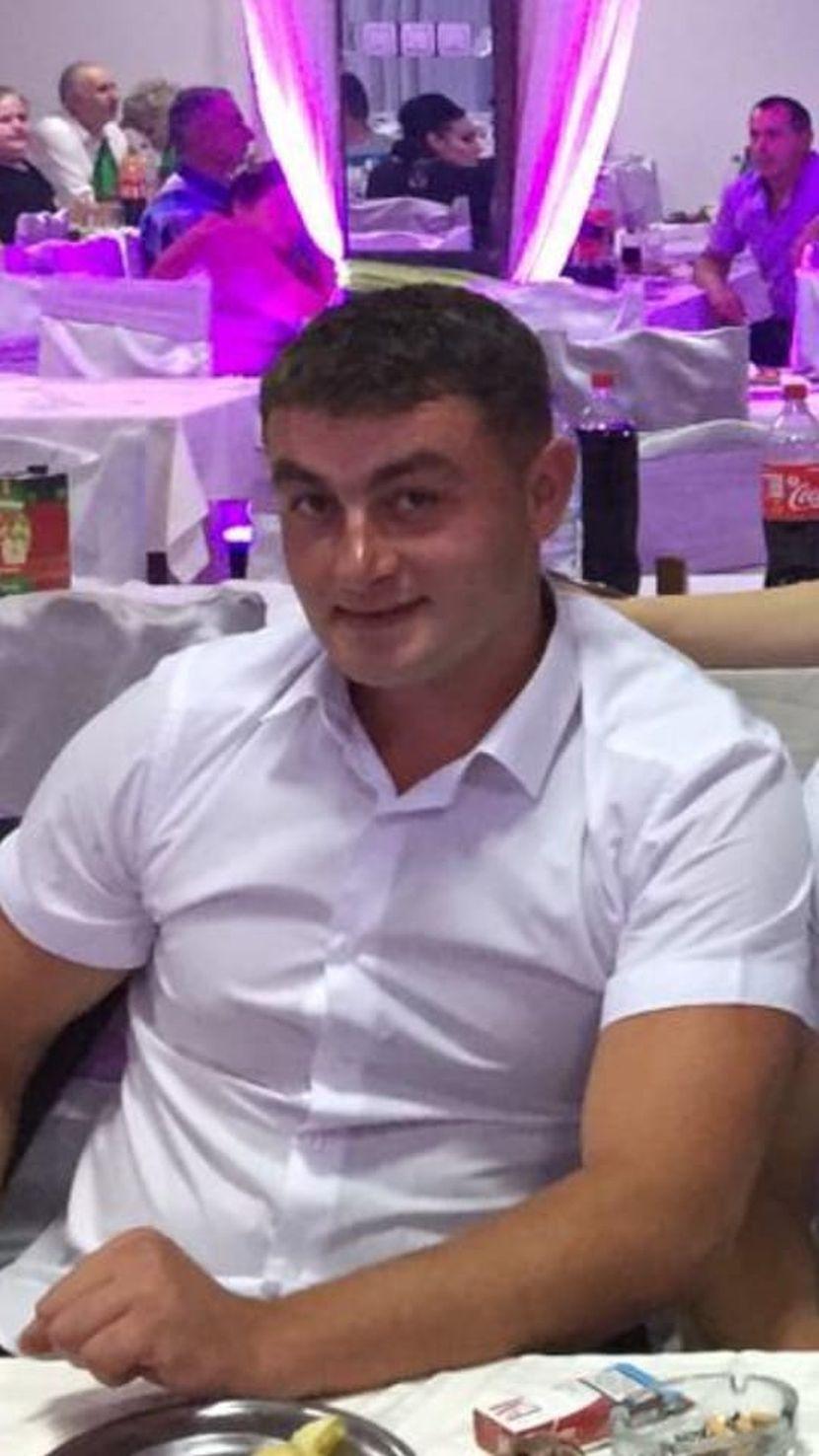 Asmir Metović, ubijen u Sjenici