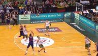 Evo kako je Vasa Micić šokirao Žalgirio arenu: Trojka sa zvukom sirene za kraj poluvremena! (VIDEO)