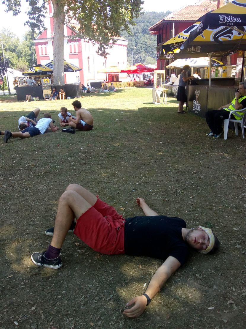 Guča, 2019. Sabor Turubača, pijani posetioci
