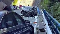 Nesreća u kanjonu Morače, dve osobe povređene: Saobraćaj blokiran, formirala se kilometarska kolona