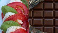 Recept za obrok sa slaninom i mocarelom koji ima upola manje kalorija nego čokolada od 100 gr