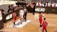 Novi udarac za Orlove: Povredio se Milosavljević, morali su da mu pomognu da izađe s terena! (VIDEO)