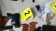 """Uhapšen """"terorista"""" u Sremskoj Mitrovici: U automobilu nađena puška, pištolji, eksploziv..."""