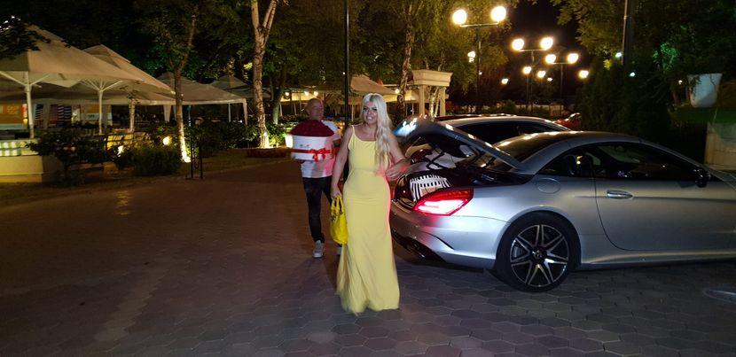 Dara Bubamara, Jelena Karleuša rođendan