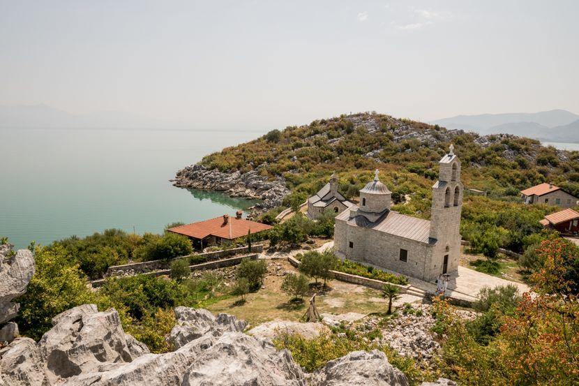 Manastir Beška