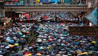 """Desetine hiljada """"kišobrana"""" protestuje u Hongkongu, 11. uzastopne nedelje"""