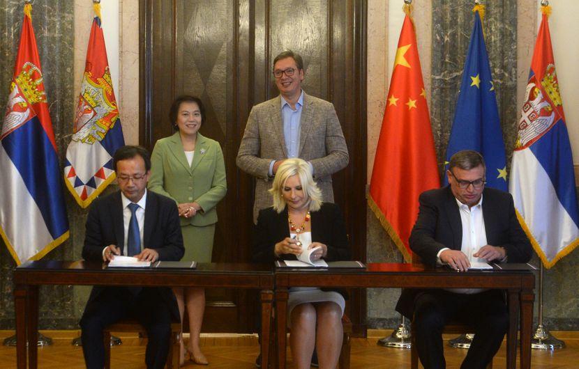 Potpisivanje ugovora za deonicu Novi Beograd - Surčin
