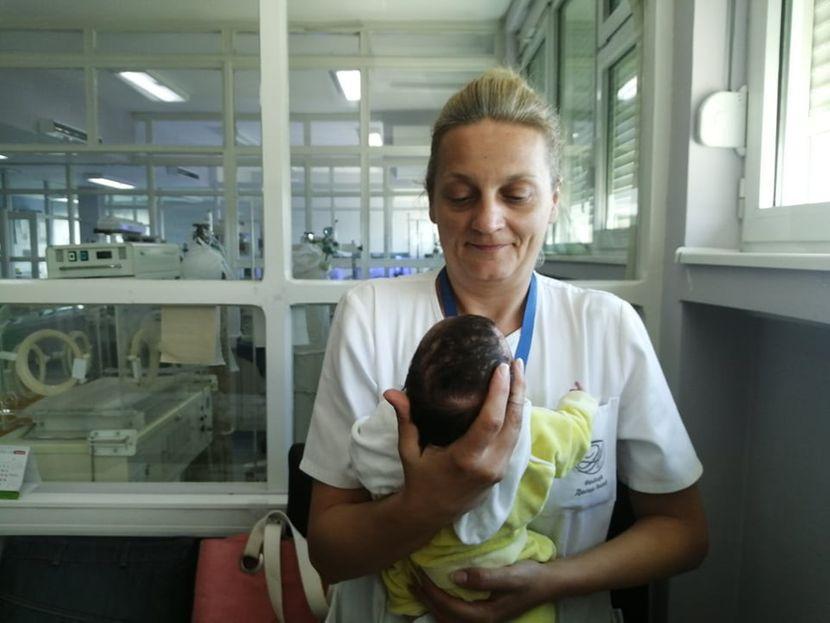 Ostavljena beba u porodilištu, Vranje
