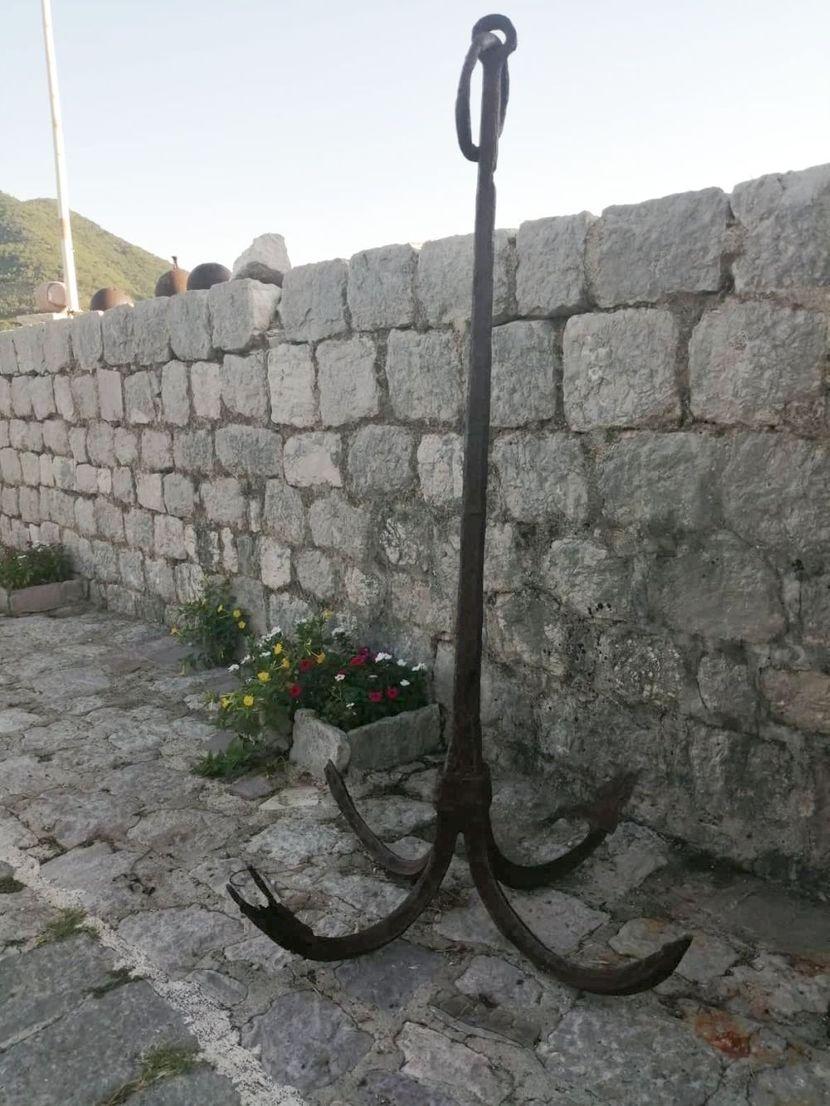 Panorama Perasta i ostrva Sveti Đorđe i Gospa od Škrpjela