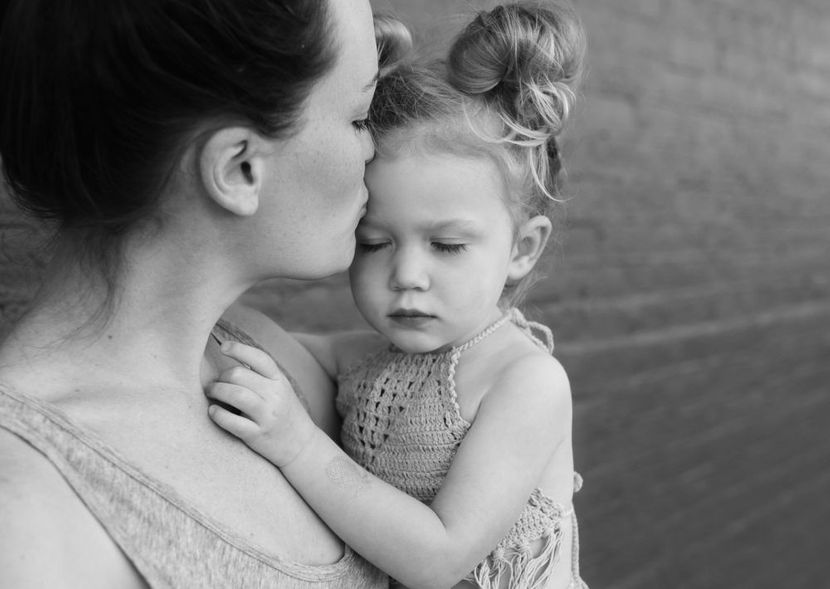 majka-dete-foto-pixabay