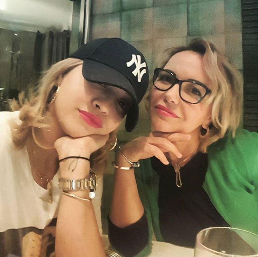 Rita Ora, majka, mama, Vera Ora